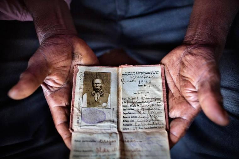 Foto documento abuelo pinedo