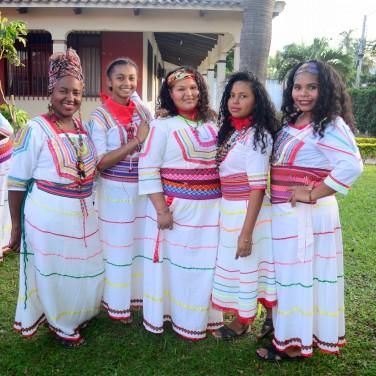 Mujeres con falda